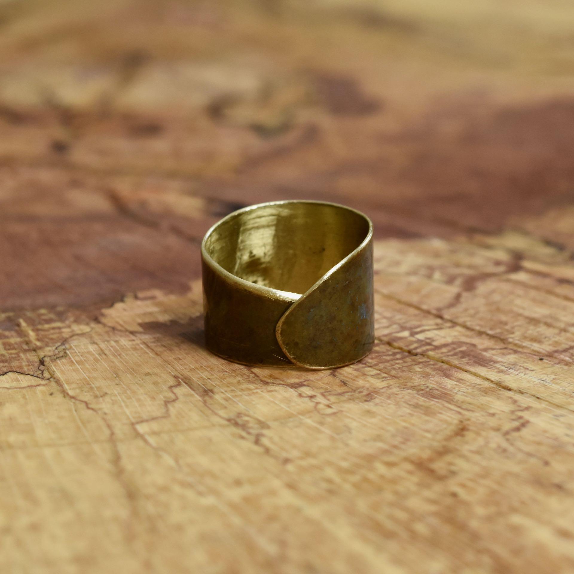 pierścionek z mosiądzu